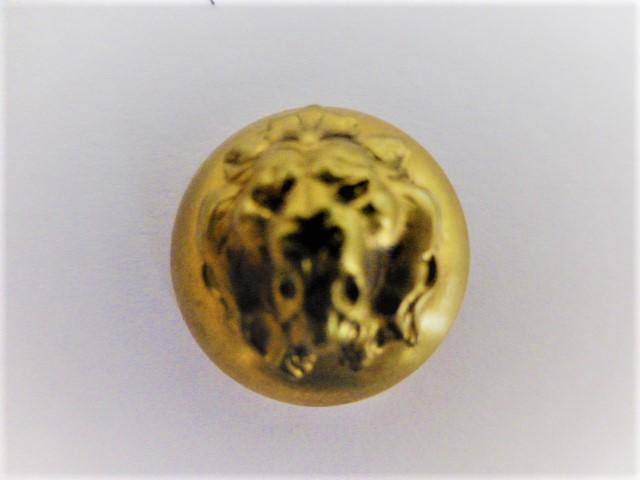 Set of 8 Lion Head Brass buttons