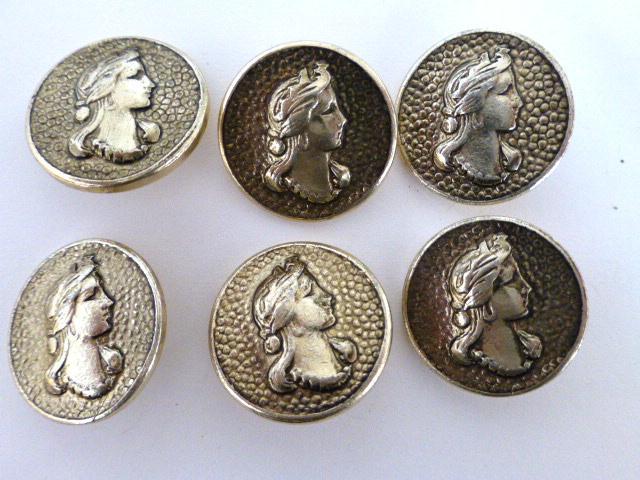 Set of 6 Princess buttons