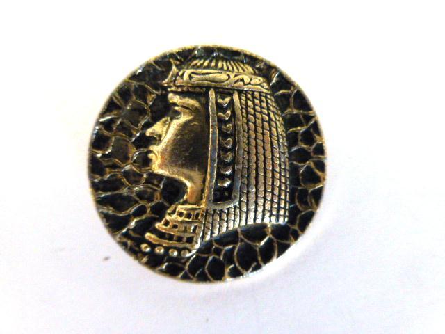 Egyptian Head Light Metal Alloy button