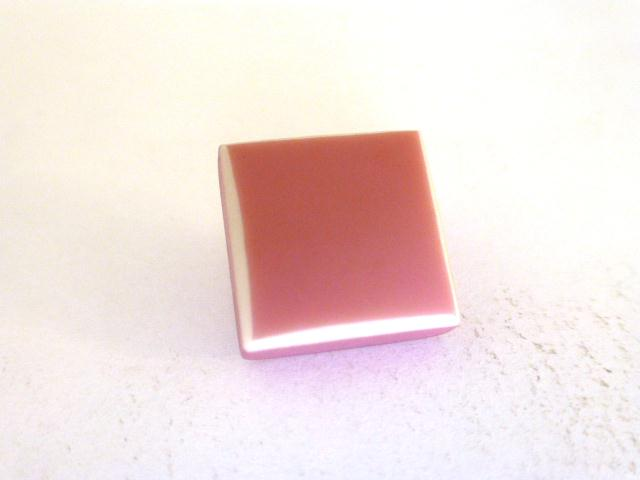 Pink and White Square button (no.00944)