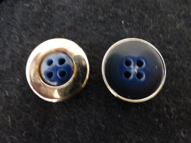 Silver Metal Cased Dark Blue button (no.00940)