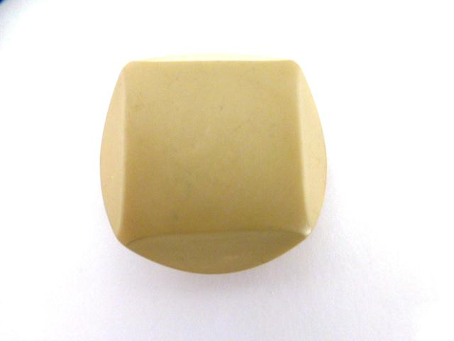 Biscuit Beige Chunky Cut-Style button (no.00937)