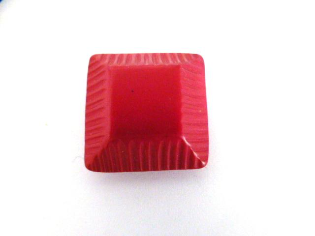 Cerise Canted Ridge Square button (no.0092)