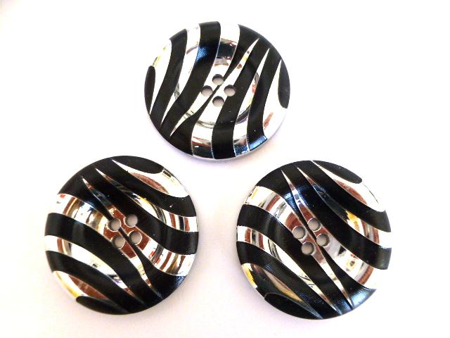 Set of 3 Silver Black Giant 4 Hole buttons