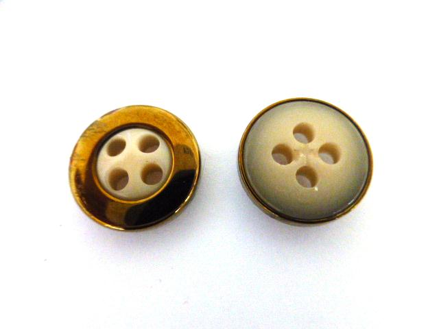 Camel Beige Bronze Cased Small button (no.01079)