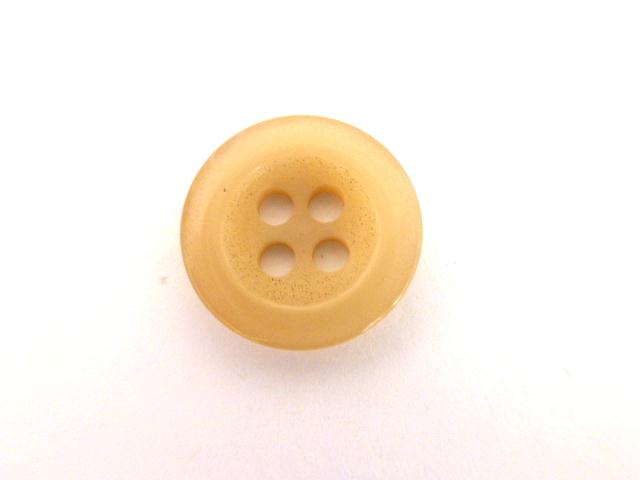 Beige Small 4 Hole button (no. 01084)