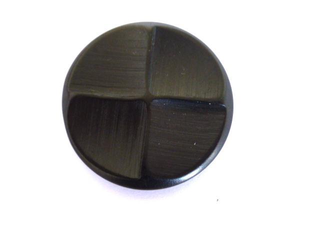 Black Quarterfoil button (no.01057)