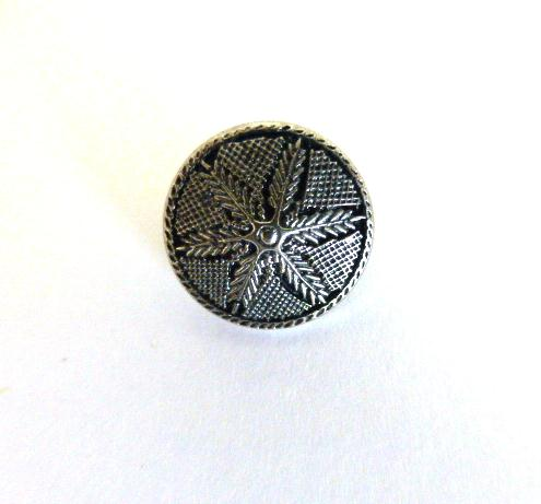 Silver Feather Small button (no.00355)