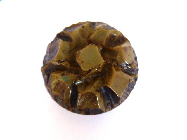 Dark Beige Rocky Cushion button (no.01012)