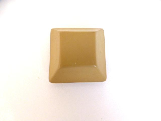 Beige Chunky Canted Square button (no.01027)