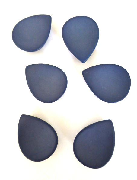 Mauve Set of 6 Teardrop buttons