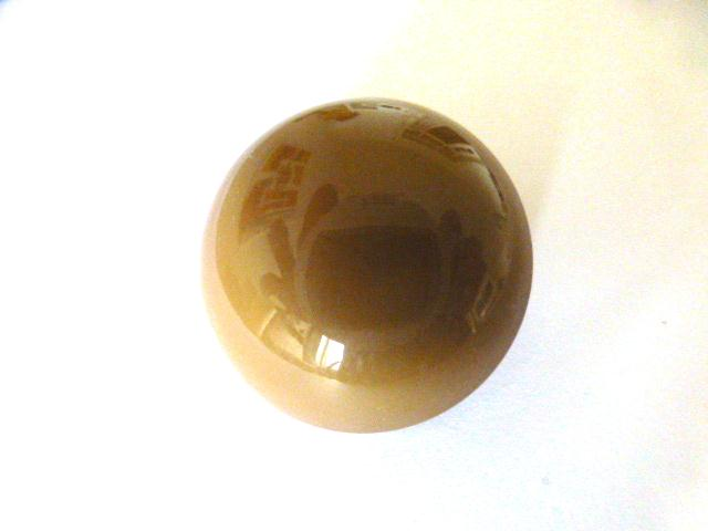 Bakelite Camel Brown Dome (no.01150)