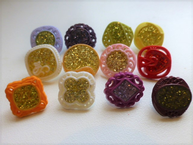Harlequin Set of 12 Small Glitter buttons