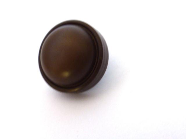 Brown Thick Dome button (no.00981)