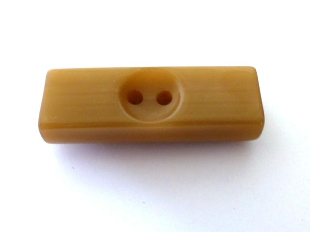 Fawn Oblong Toggle button (no.01157)