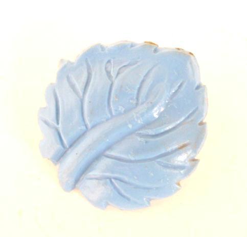 Blue Leaf button (No. 00337)