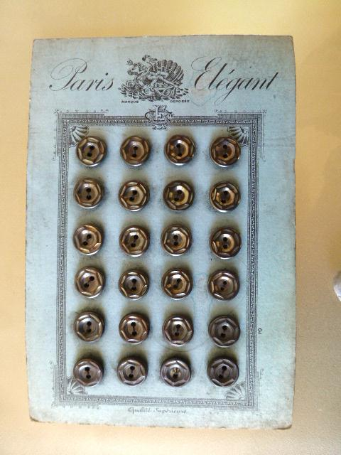 Card of 24 'Paris Elegant' Steely Grey Mother-of-Pearl buttons