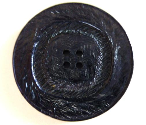Midnight Blue Lustre button (no.00555)