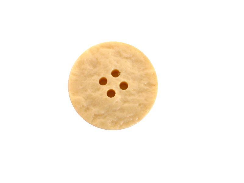 Cream Bark 4-Hole button (no.00531)
