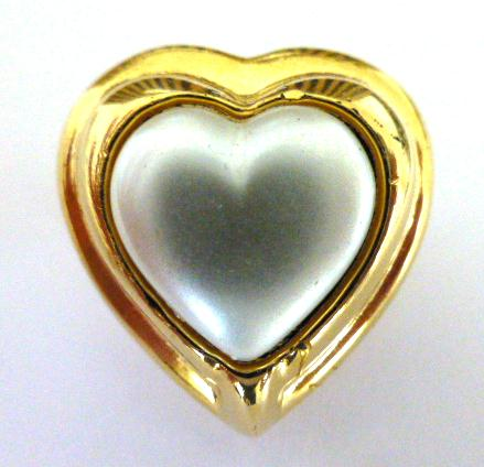 Large Pearl Heart button