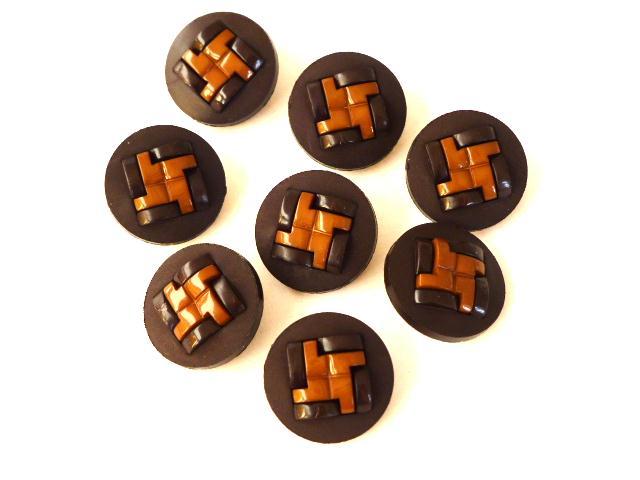 Set of 8 Unusual Brown Plastic Weave button set