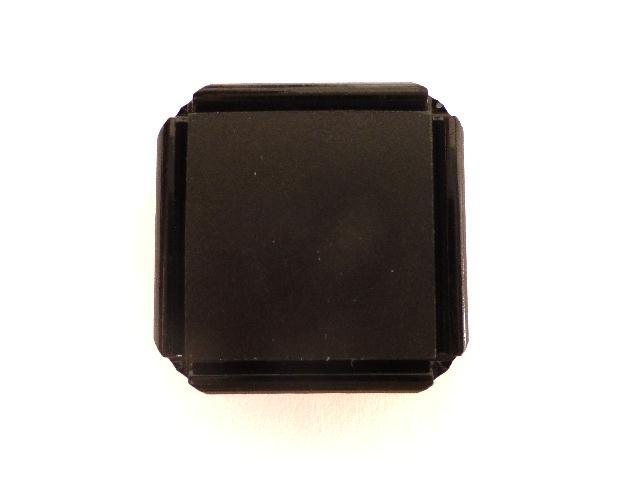 Black Square button (no.00870)