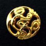 Gold Art Nouveau-style button (no.00096)