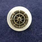Silver Ship's Wheel button (no.00512)