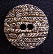 Large Vintage Gold button (No.00164)
